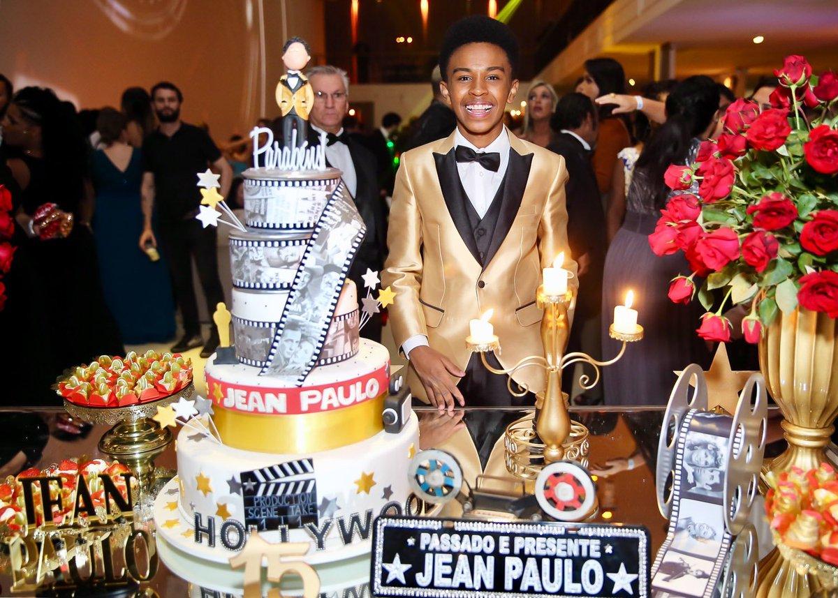 Anos Jean. Foto do site da Caras Brasil que mostra Veja a super festa de 15 anos do ator Jean Paulo Campos, o eterno Cirilo de Carrosel.