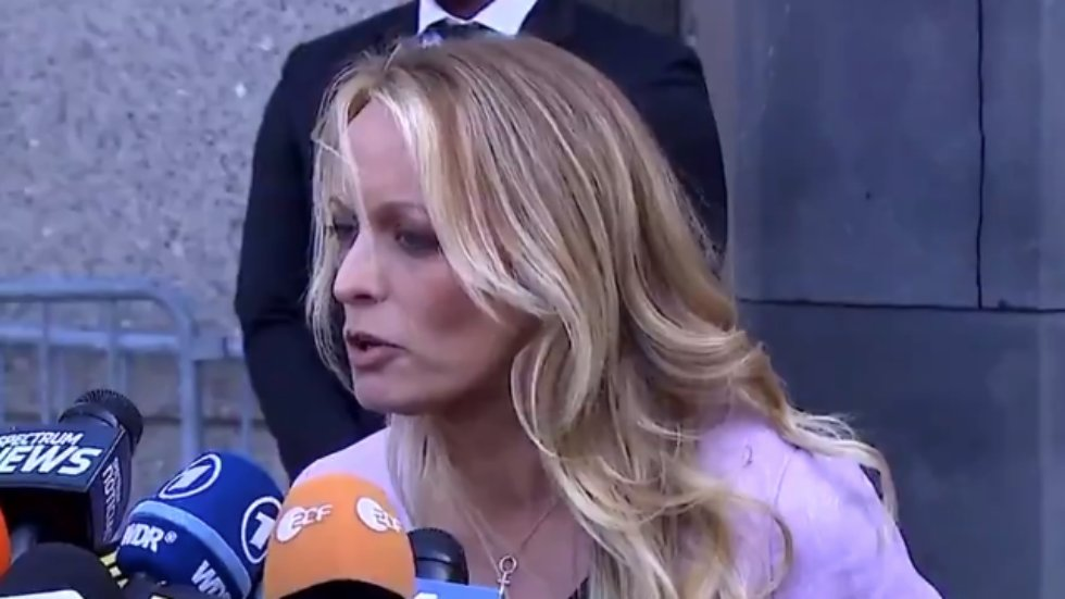 Stormy Daniels shreds Trump's lawyer: Cohen acted 'like he is above the law' https://t.co/ixtz3VIS6k https://t.co/lzB3gD8BLa