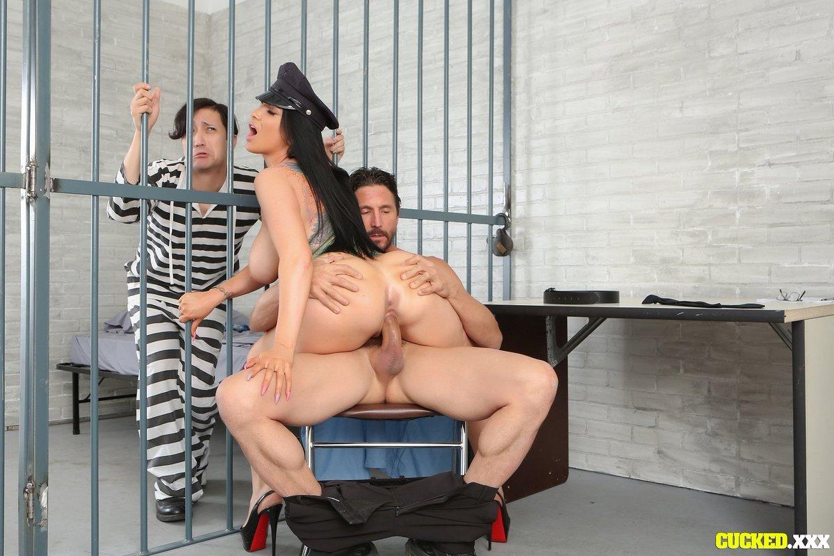 Тюрьма Порно Лиз