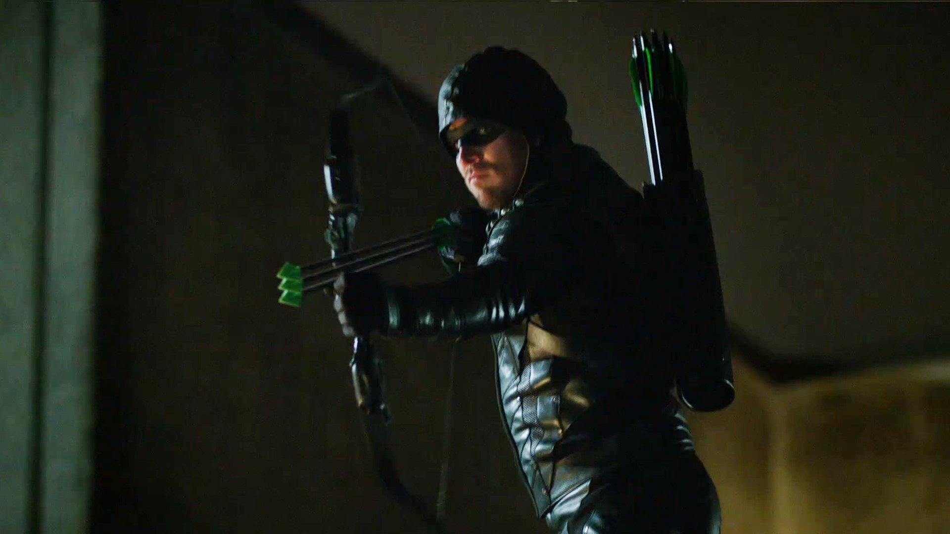 The Dragon is ready to expand his empire on tomorrow's new episode. Catch up first: https://t.co/qJdXdu82yW #Arrow https://t.co/nZ1IlqOQl2