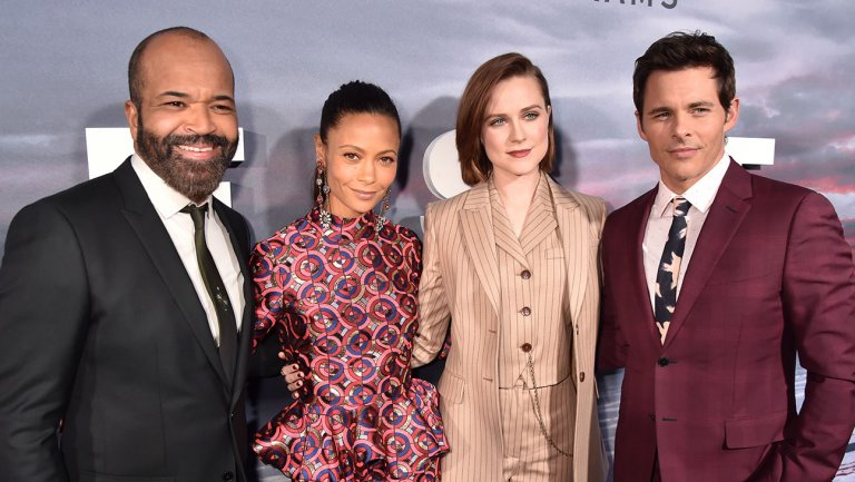 Welcome to #Westworld: Inside the HBO Drama's Season 2 Hollywood Premiere https://t.co/MAXj5clCbO via @roundhoward https://t.co/P5dYyZnfQC