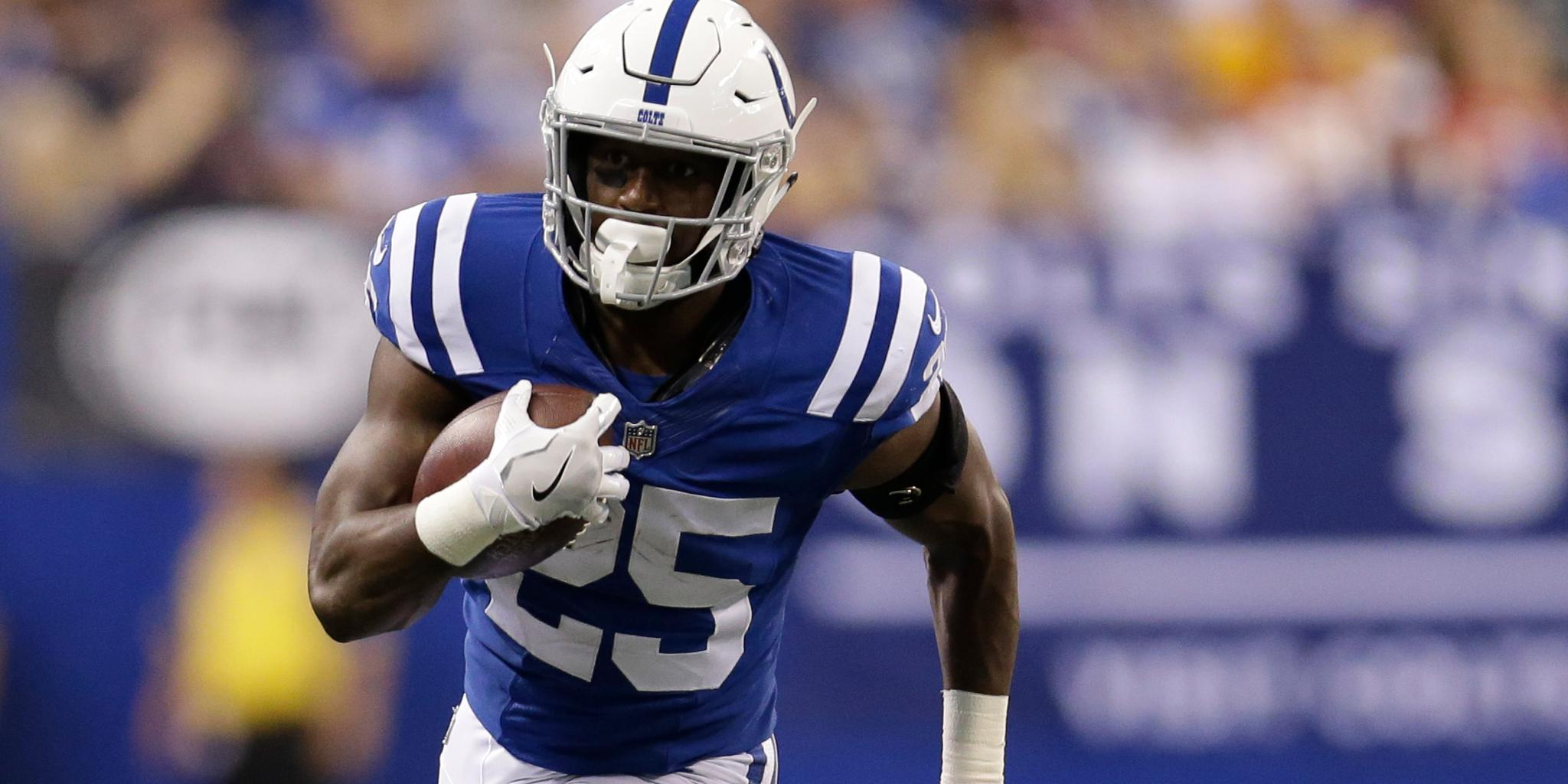 'Everyone wants to be the top dog.'  But he's ready to do more in the @Colts backfield: https://t.co/nI1WtQsSxu https://t.co/JGmqJb6G7e