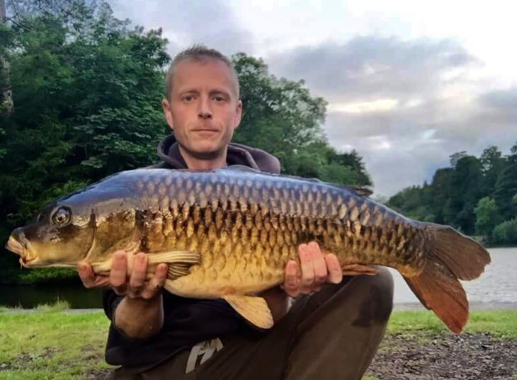 James Rowlandson with one of the old strain of Gyrn fish #carpfishing #wales https://t.co/c7TUSIGhkp