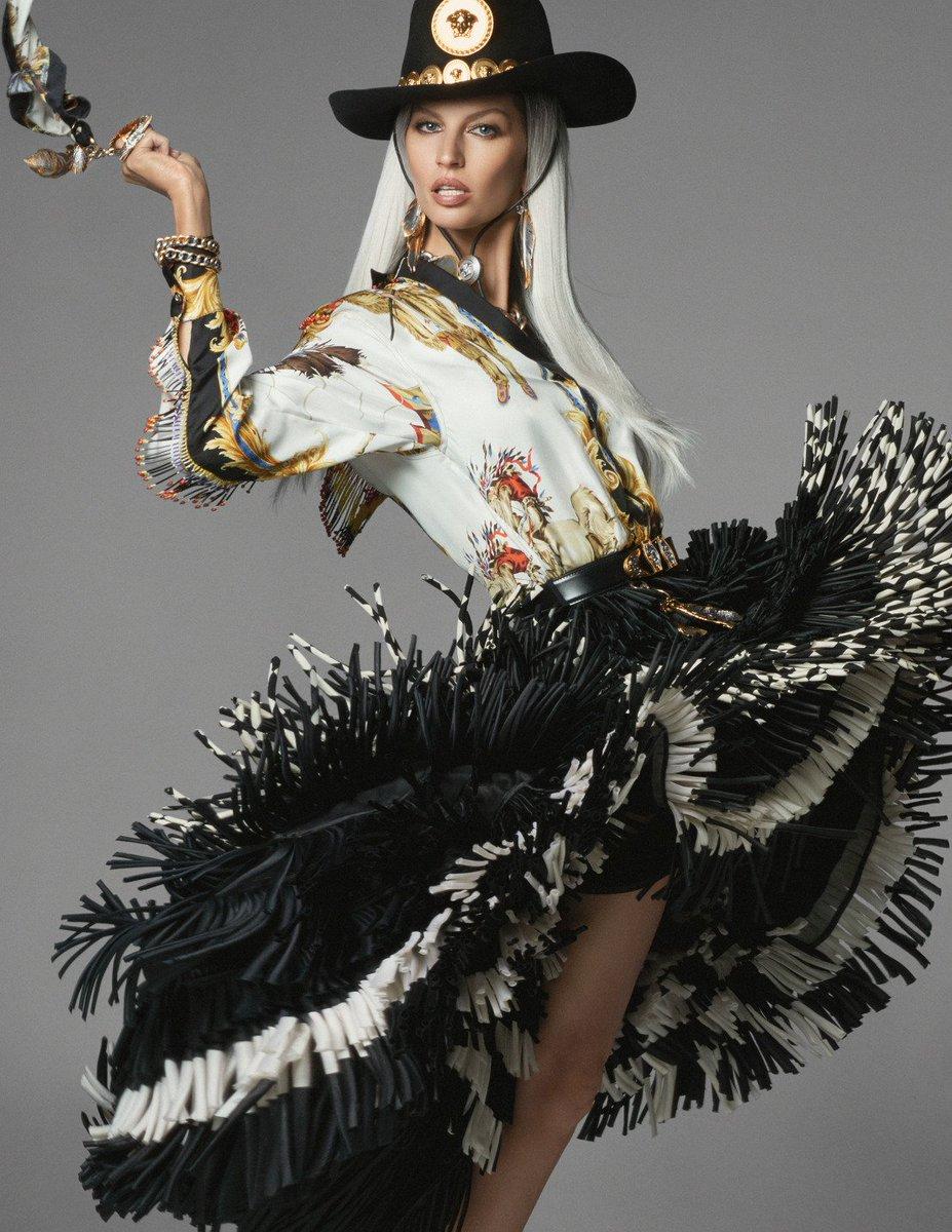 RT @Versace: The wild, wild Versace west. #VersaceTribute.  Find the collection: https://t.co/VmEykfC2mK https://t.co/UR627joOO8