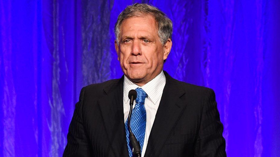 CBS CEO Leslie Moonves' pay virtually unchanged at $69.3 million for 2017