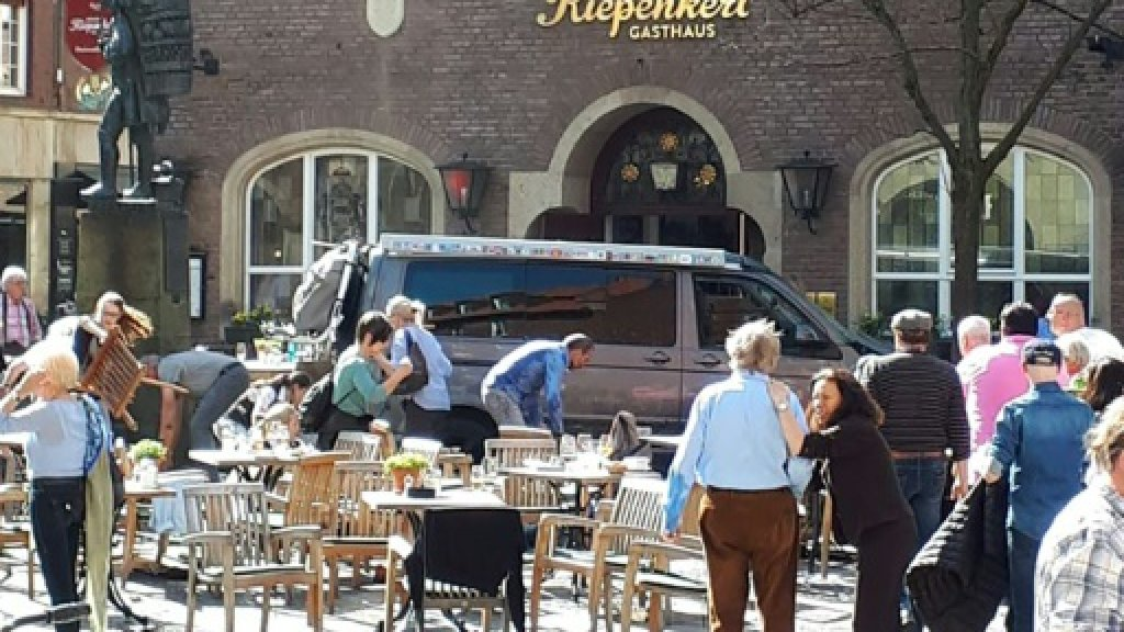 Police stumped by motives of Germany van attacker