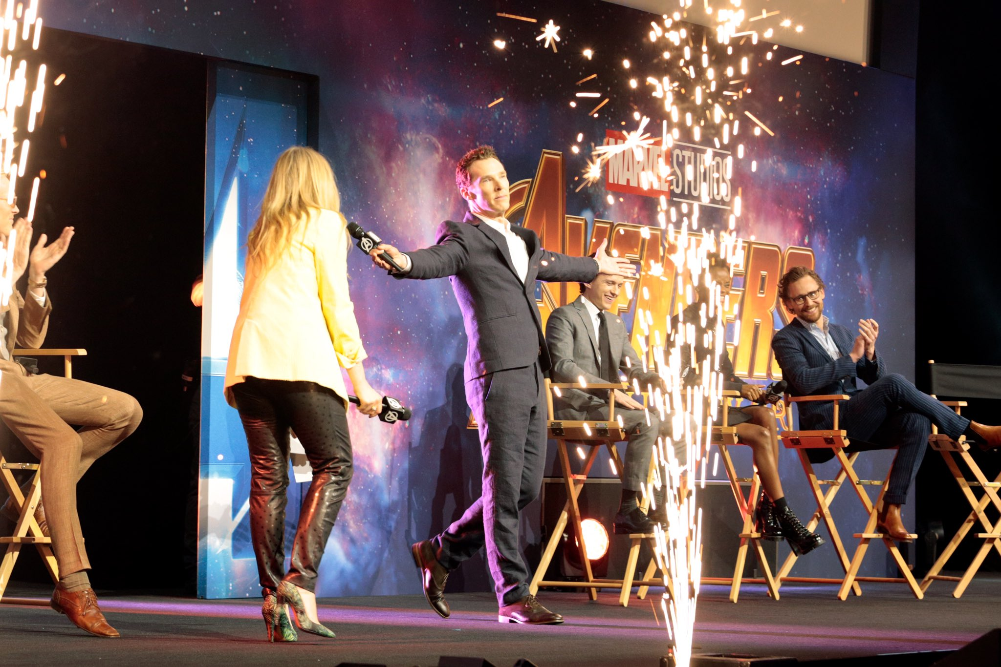 """See the photos from the Marvel Studios' """"Avengers: #InfinityWar"""" red carpet fan event in London! (3/3) https://t.co/wUxU9v86is"""