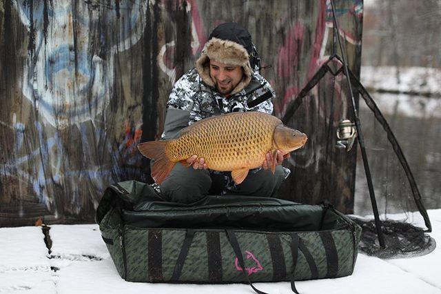 Crazy winter it was with @<b>Lukaskrasa</b> #lkbaits #carpfishing#fishing#angling #karpfenangeln