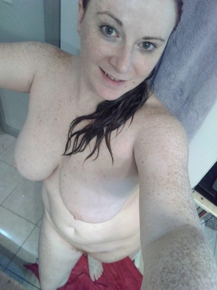 Got a towel? Am all wet! A6hqK565N0