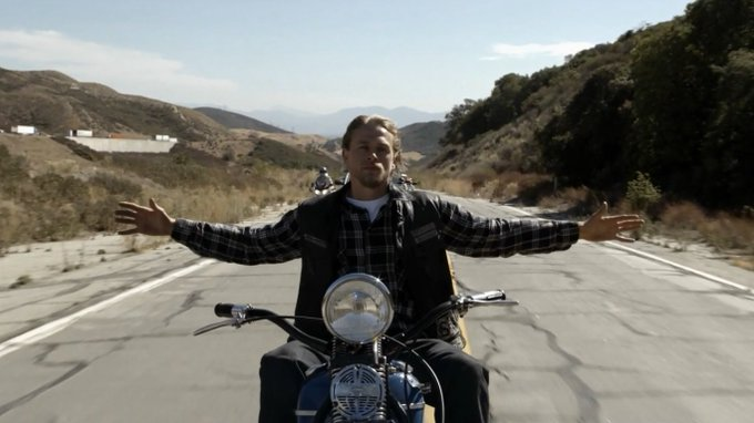 Happy 38th birthday to Charlie Hunnam.