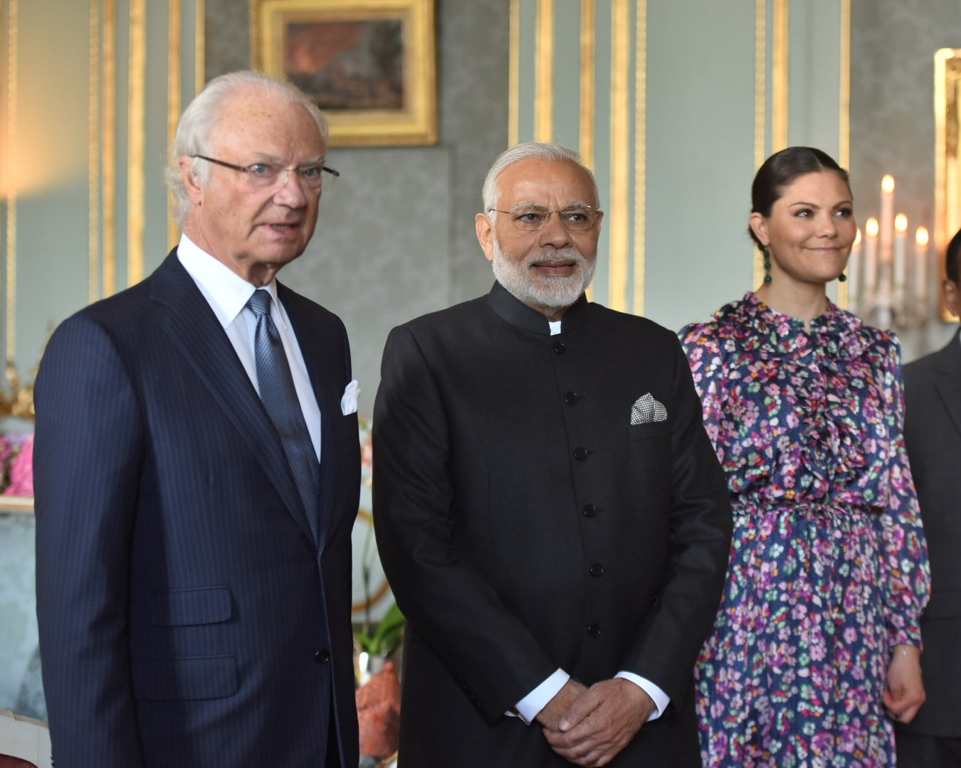 Honoured to call on His Majesty King Carl XVI Gustaf in Stockholm. We had a wonderful interaction on various issues. https://t.co/uOYPKkMZmX