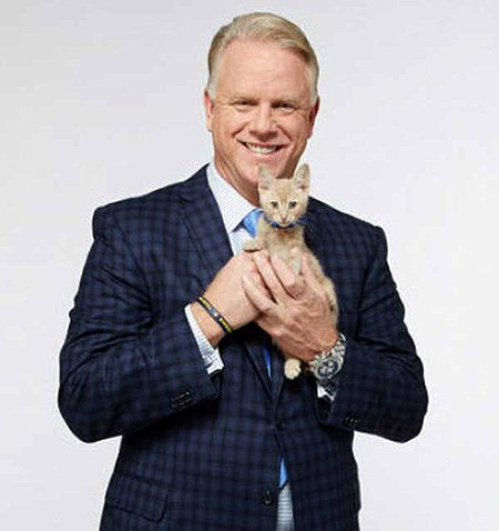 Happy 57th birthday, Boomer Esiason.  What do you think of his broadcasting work?