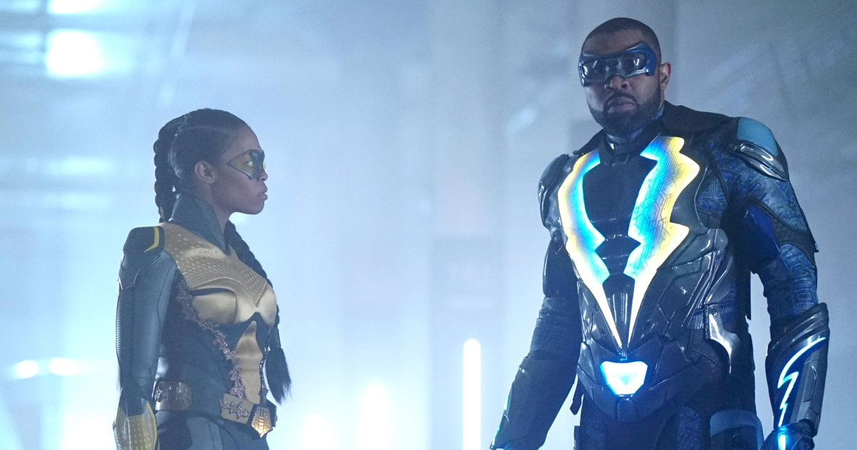 .@BlackLightning boss addresses those Arrowverse references: