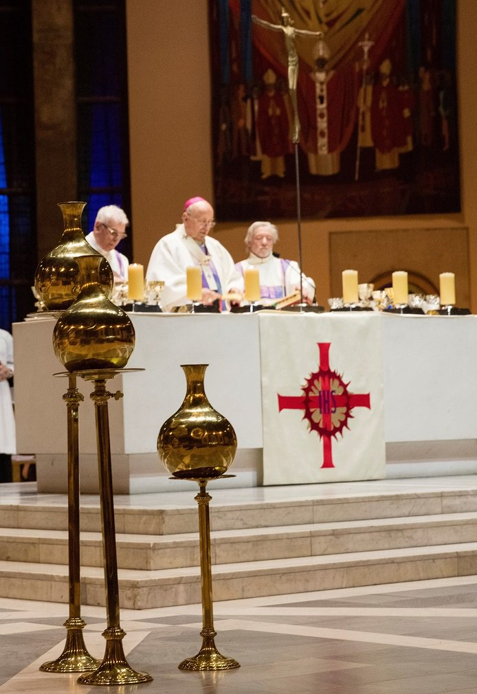 test Twitter Media - Archbishop Malcolm McMahon's Homily for the Mass of Chrism 2018 https://t.co/AggqhV7wjW https://t.co/ogeTPJGrh2