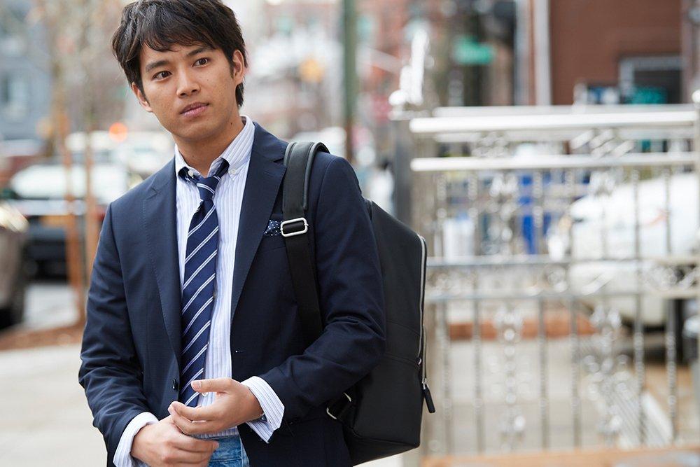 三浦貴大さんのリラックスしたジャケットスタイル。アイテムの詳細はこちらから。 https://t.co/k4AZXBfp3n https://t.co/yfu4tmTtz0