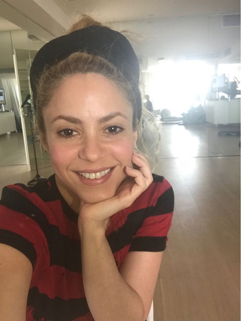 It's a red and Black day! Shak https://t.co/i1yHPauhBw