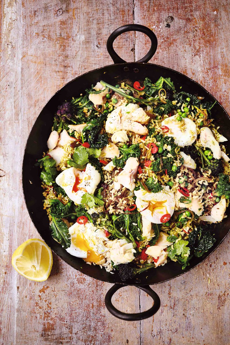 Perfect for breakfast, brunch, lunch or a hangover, it's Jamie's ultimate kedgeree! ???? https://t.co/uxS6VBgyS4 https://t.co/y2cX8itJsu