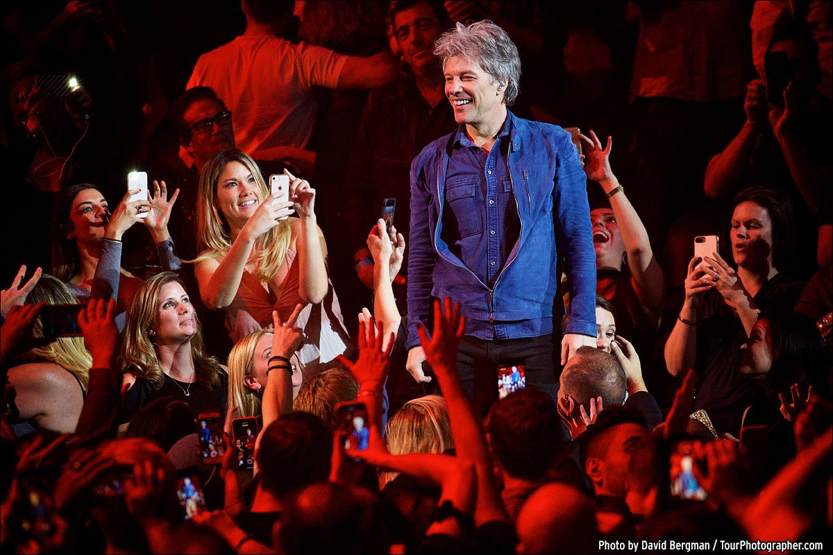 Who says you can't go home? Thanks for two amazing nights, NJ! #THINFStour  ��: @davidbergman https://t.co/UeXkP9g6Ma