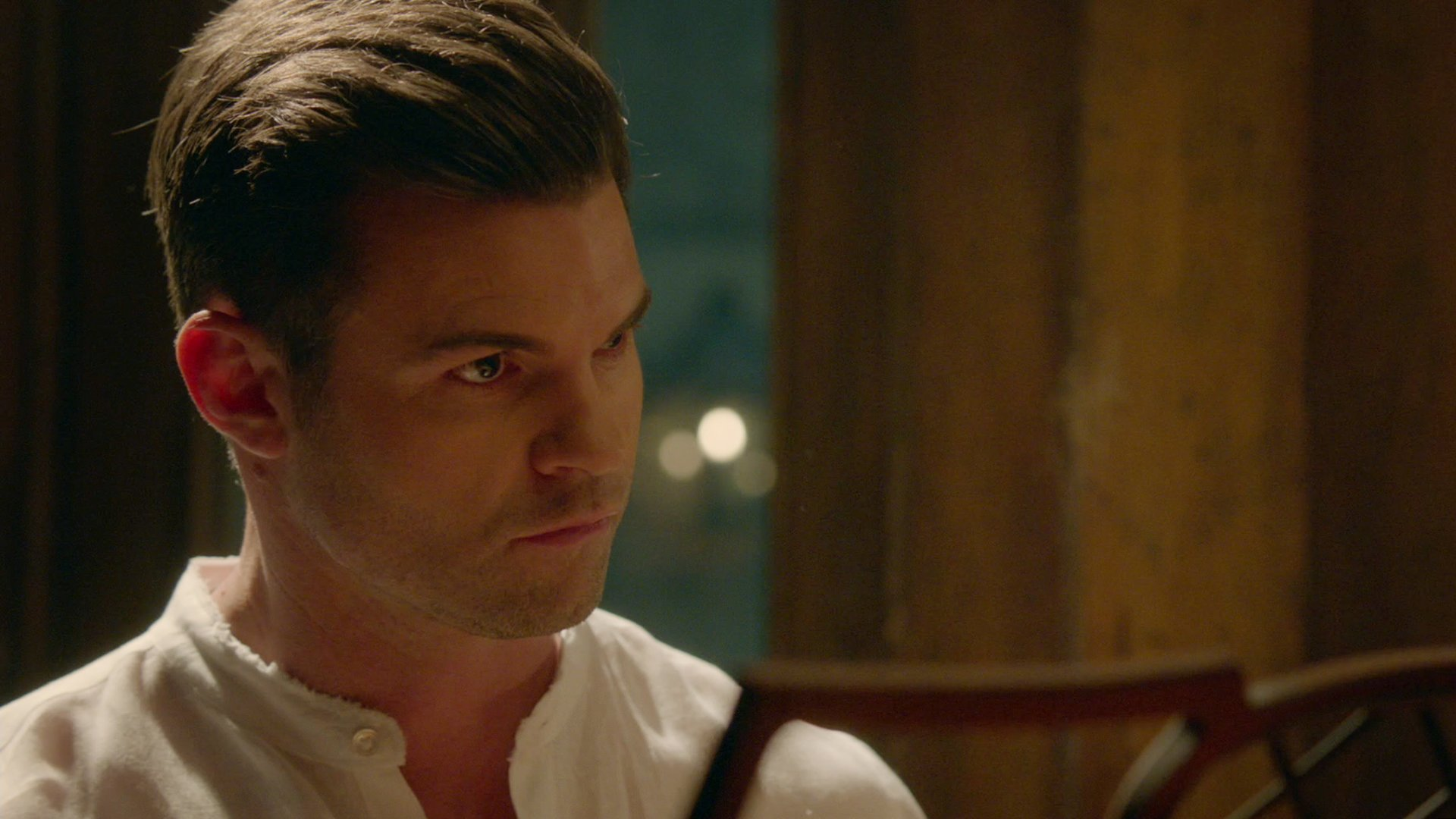 A new life for Elijah. The final season begins Wednesday at 9/8c on The CW! #TheOriginals https://t.co/HnWs9G4P7T