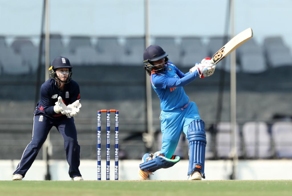 Not to be in Nagpur.  India win the final ODI and take the series 2-1.  ?? https://t.co/VU4P8dq8q8 https://t.co/Zuc1vq07YP
