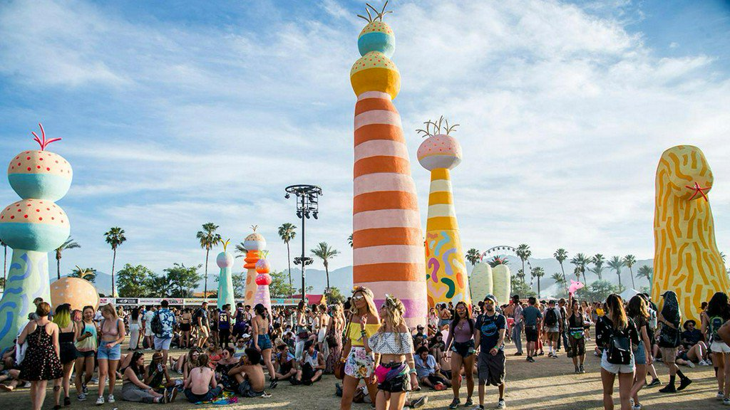 Coachella tips: How to beat the heat at the desert music festival