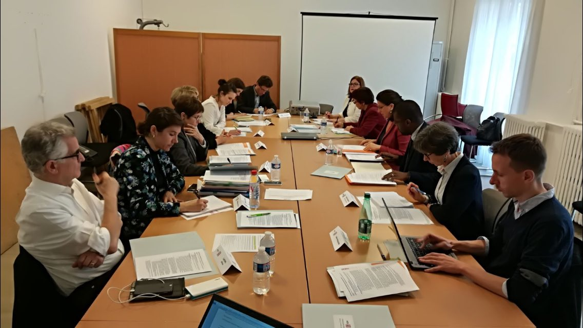 #DirectHCE Audition de @agnesbuzyn, ministre des Solidarités et de la Santé sur le sexisme durant le suivi gynécologique et obstétrical. https://t.co/MH863F5ZKo