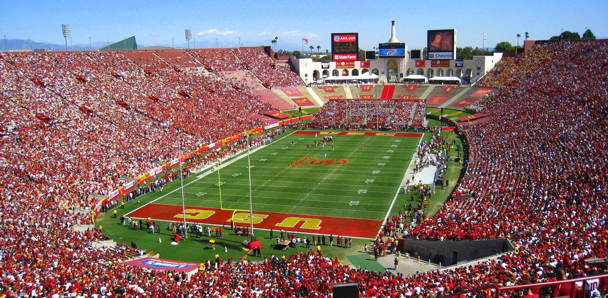 RT @krobb__: Beyond blessed to have received an offer from The University of Southern California!! #FightOn https://t.co/UERqbMOIId