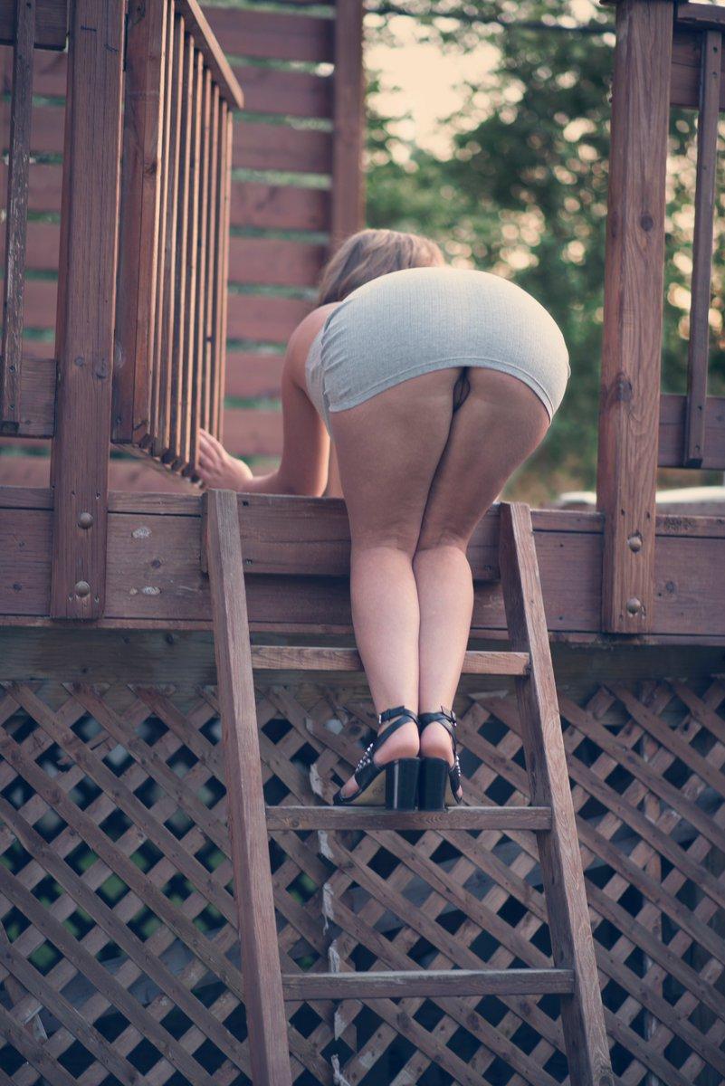Have you guys missed my ass ? 💚 HAj9oLJrg2