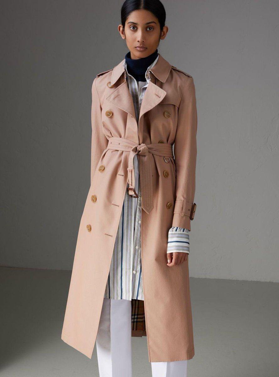 The pink apricot Kensington trench made from Tropical Gabardine and lined in Vintage check https://t.co/WaWetaaU6i https://t.co/UnwU8ugYNz