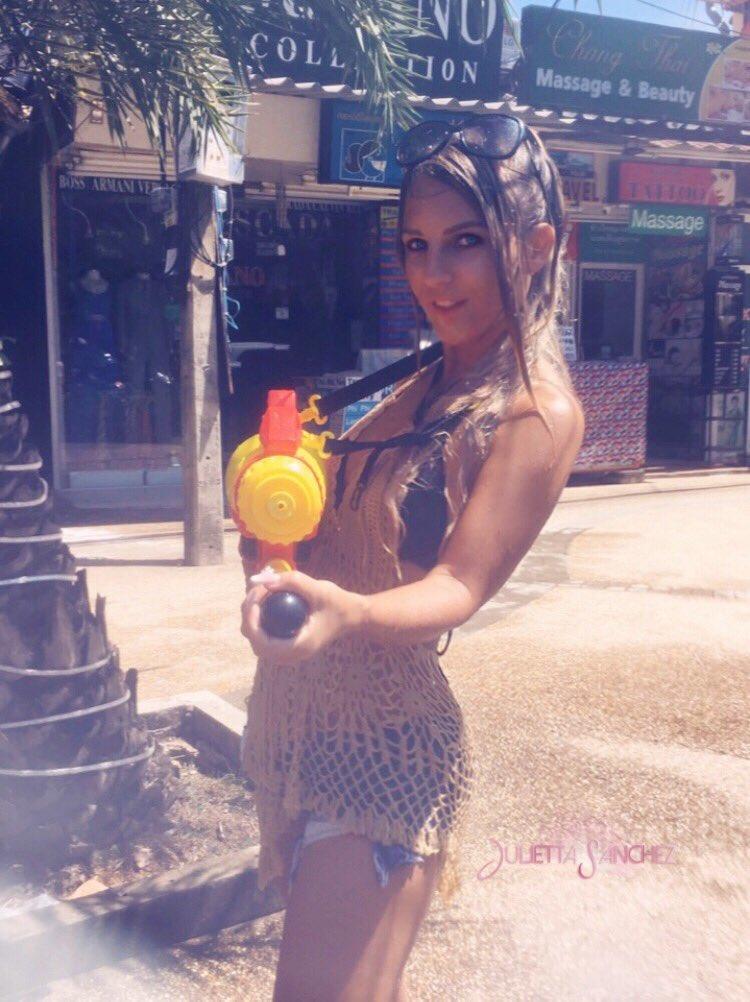 Happy Songkran ✌🏼💦☀️ #juliettasanchez #Songkran #HappyNewYear slVhsQUmUi