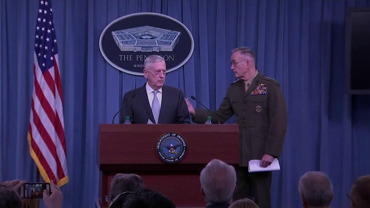 Secretary of @DeptofDefense Mattis and Chairman of @TheJointStaff General Dunford brief reporters on #Syria. https://t.co/7piX1cHSB7