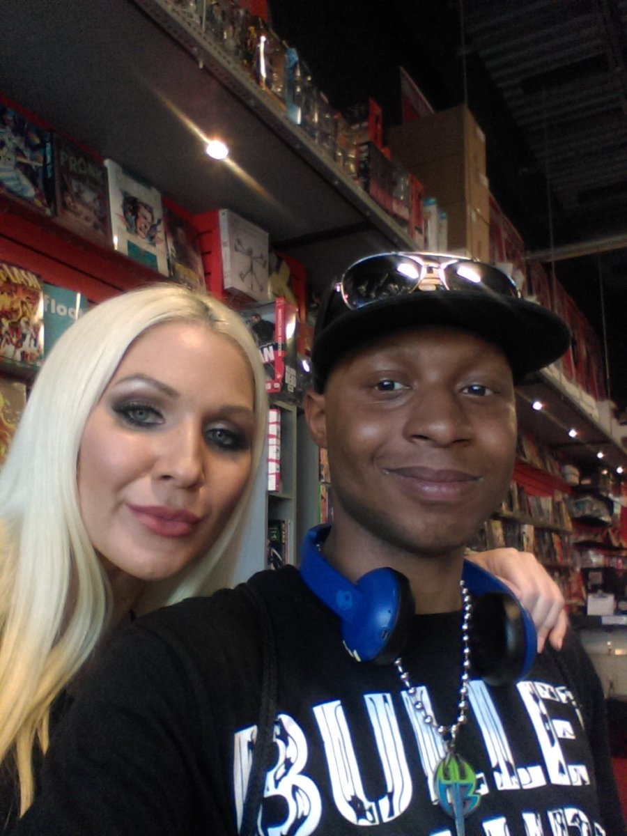 RT @JalenWarren1: I got to meet @Jillianhall1 today I had a good time https://t.co/Tz5PxmxFjW