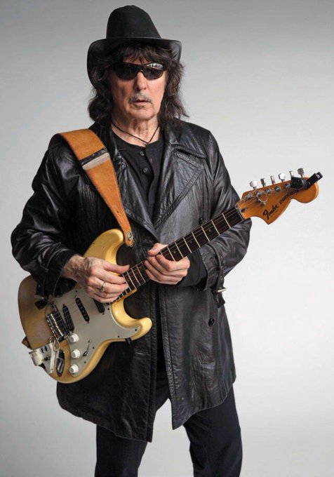 Happy birthday Ritchie Blackmore !)