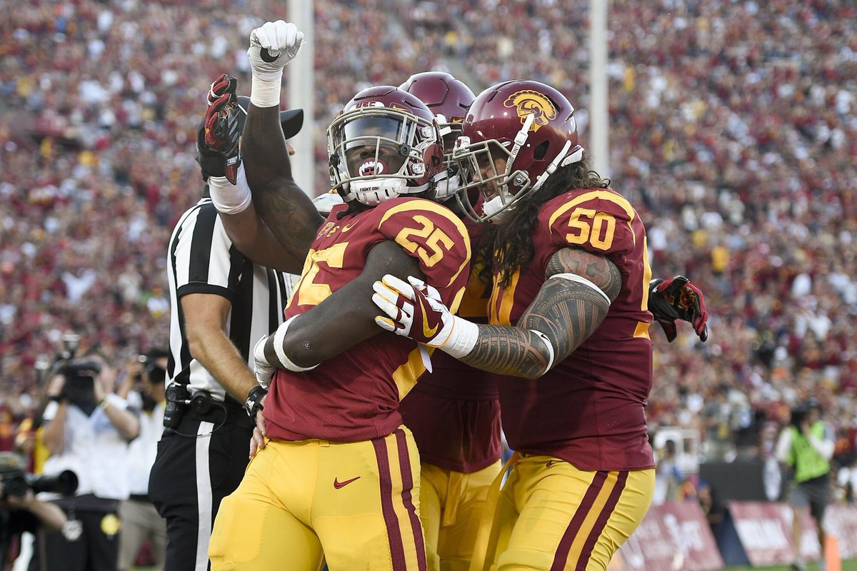 RT @DamonPayne2021: Blessed to receive and offer from The University of Southern California!! #FightOn https://t.co/WBXhgVPnxz