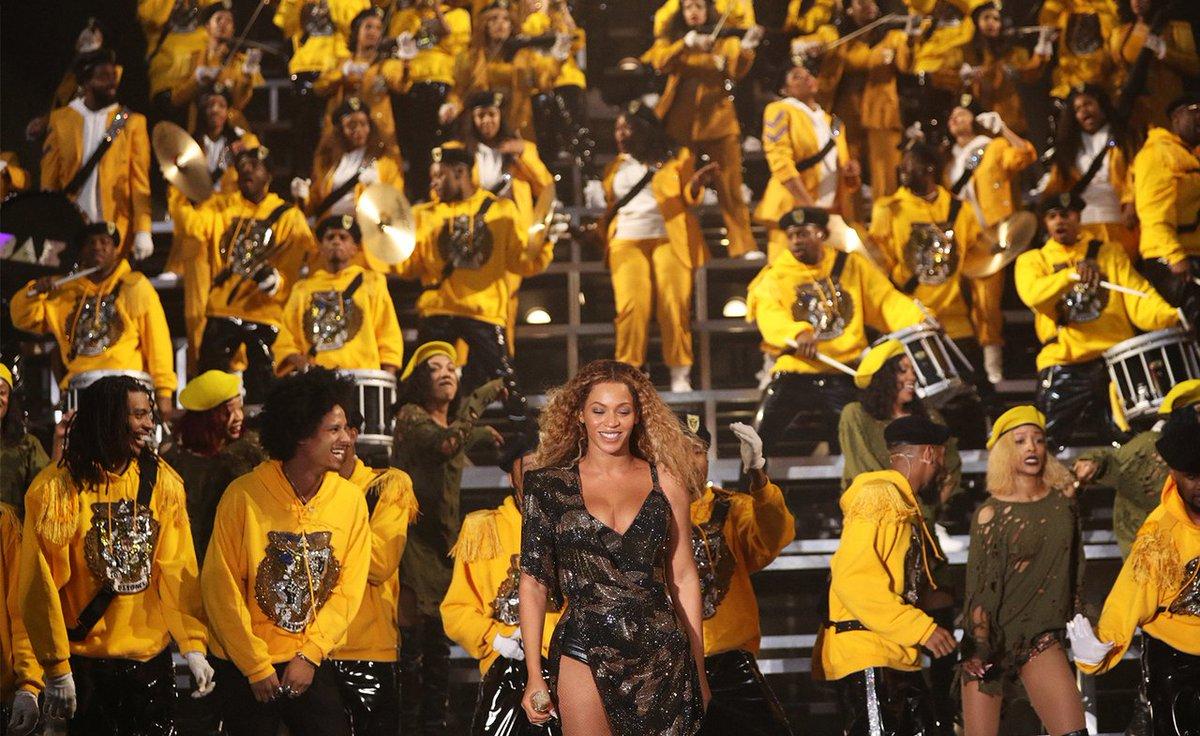 Beyoncé Performs With Destiny's Child, JAY-Z & Solange at #Beychella (Full Set Video) https://t.co/IA7OlcfLrI  https://t.co/YRGTLhedWT