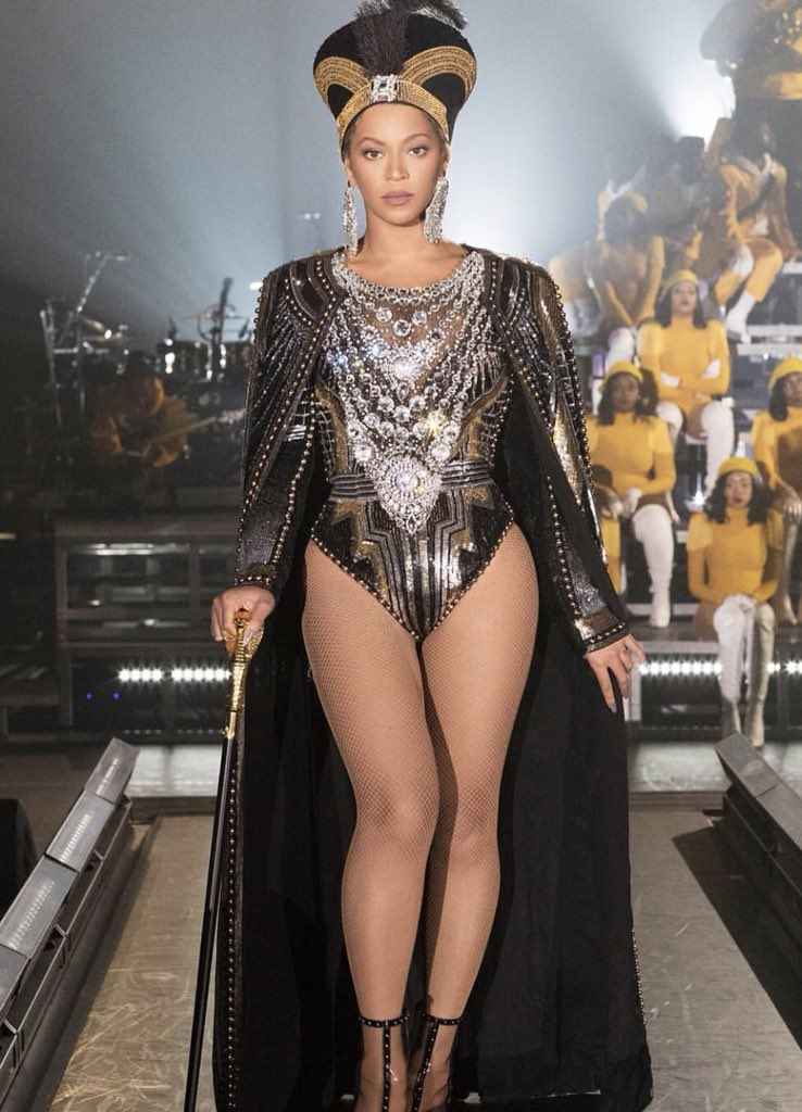 You've waited patiently. Beyoncé is ready, are you? #BeyChella x #Coachella2018 https://t.co/Mne2T2HZOX