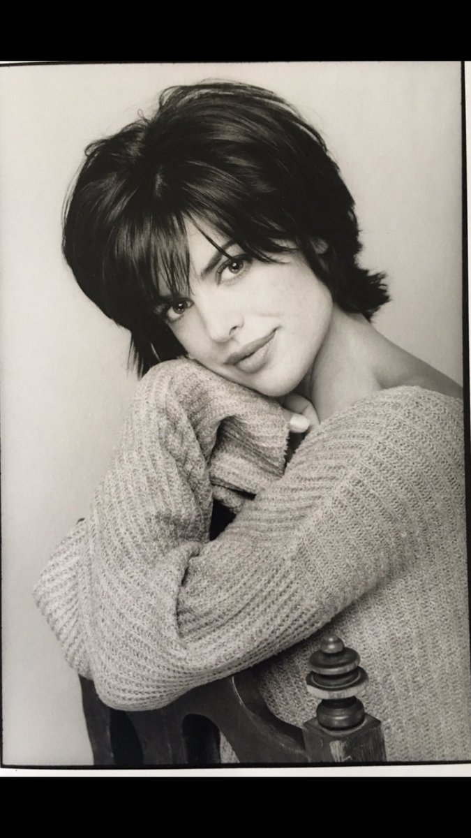 #oldheadshotsday ???? https://t.co/3EYnV3cTS6