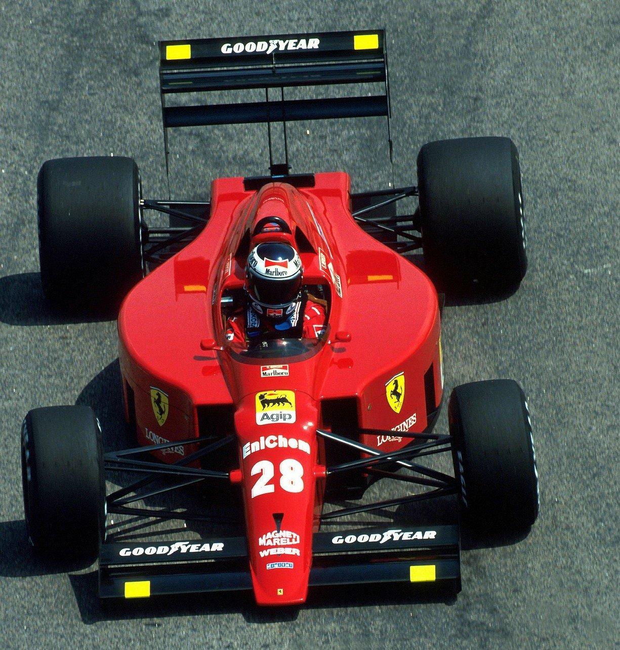 The simplicity and beauty of Adelaide Grand Prix-era Scuderia Ferrari cars. #F1 #Adelaide https://t.co/6zFYorNsmw