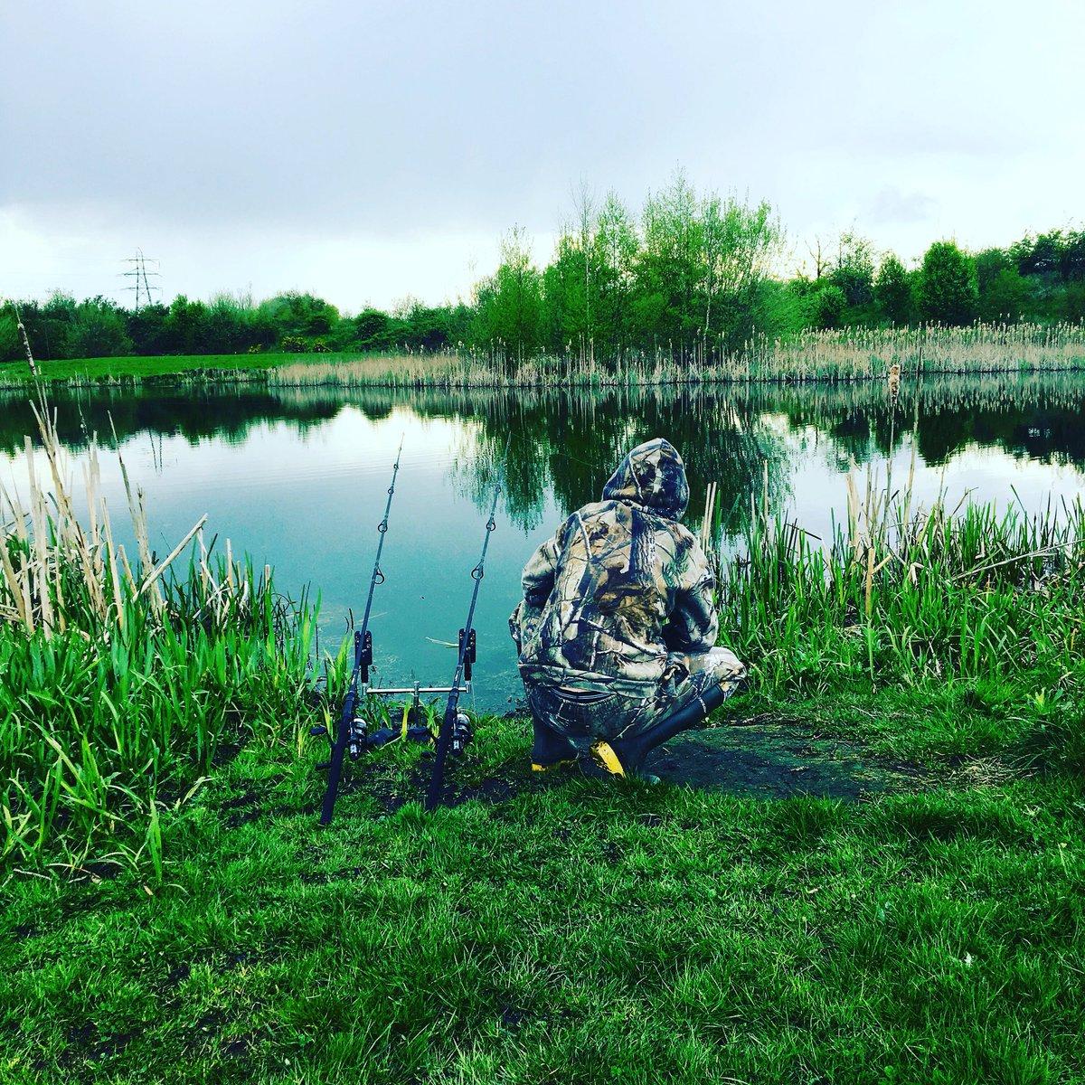 Few <b>Hour</b>s Fishing with the boy🎣#dadandladtime #carpfishing https://t.co/df4M05TGT4