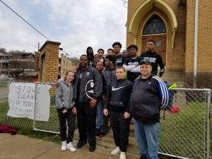 Sto-Rox football had a big day serving their community and a special NFL https://t.co/mYwmxWx3iy @StoRoxFB @Chise89 https://t.co/1Oh9vMIPuT