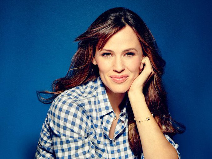 Happy Birthday Jennifer Garner!!!!