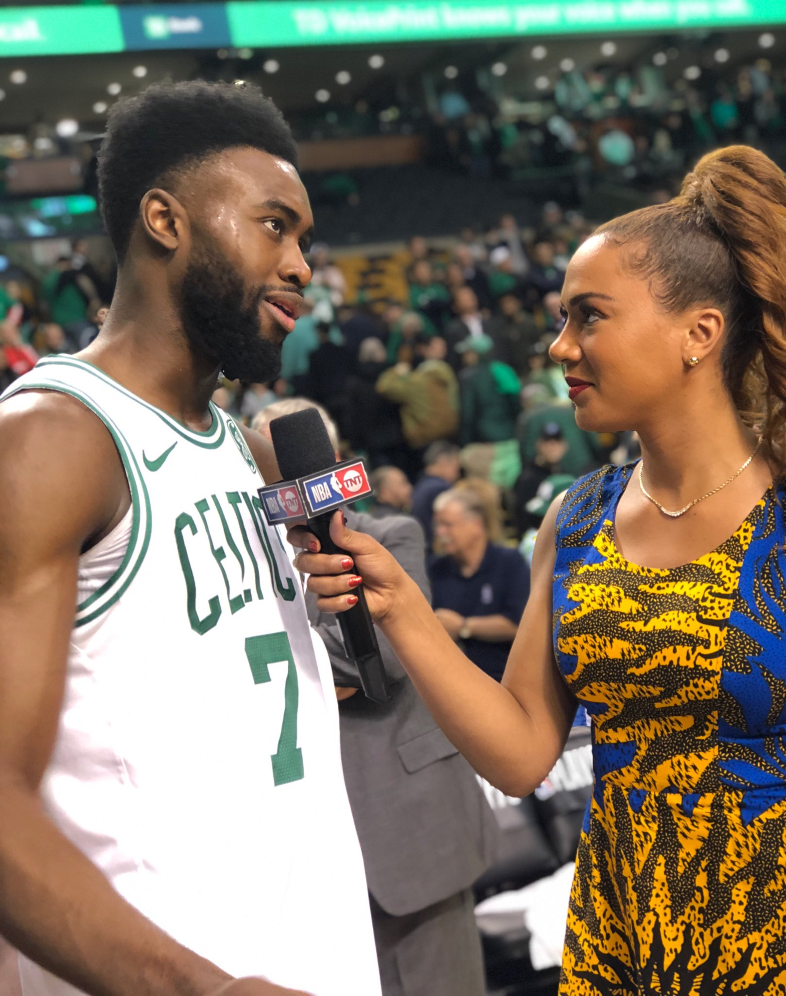 Jaylen Brown guides @celtics to 2-0 lead with 30 points! #CUsRise https://t.co/nntsQzaLFV