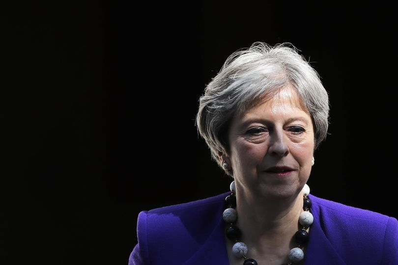 Peers inflict crushing defeat on Theresa May's Brexit plan https://t.co/w97WANO6LU https://t.co/cZ3DLRwH7U
