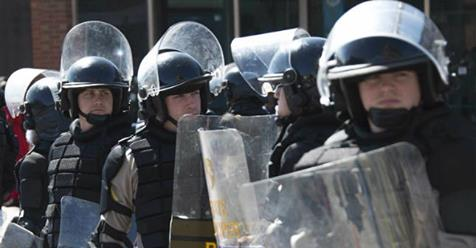 Pittsburgh police ordered to carry riot gear in case Trump fired Mueller https://t.co/MEc6jxNsu9 https://t.co/RqRShHA9nF