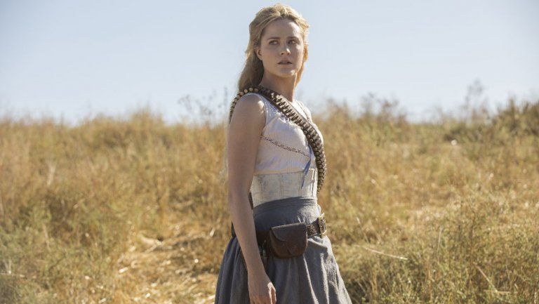 """#Westworld Stars Preview Season 2 Premiere: 'Expect the Unexpected"""" https://t.co/EjDBUF5255 https://t.co/A9M2pJq4eQ"""