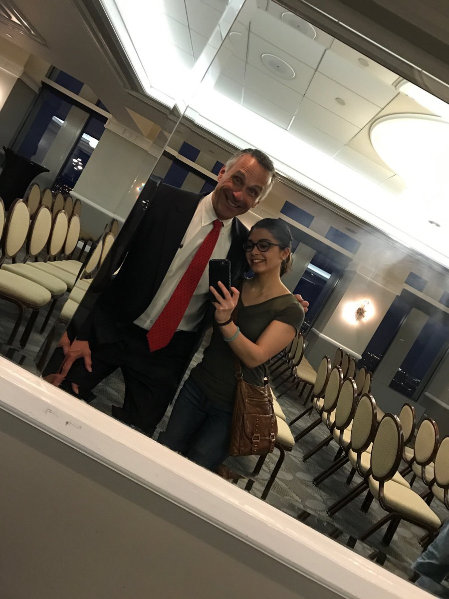 test Twitter Media - In Philadelphia for @wesleyan_u & Ivanie Cedeno '22 taught me how to take a mirror selfie. #PreFrosh https://t.co/hMdZzqJozL