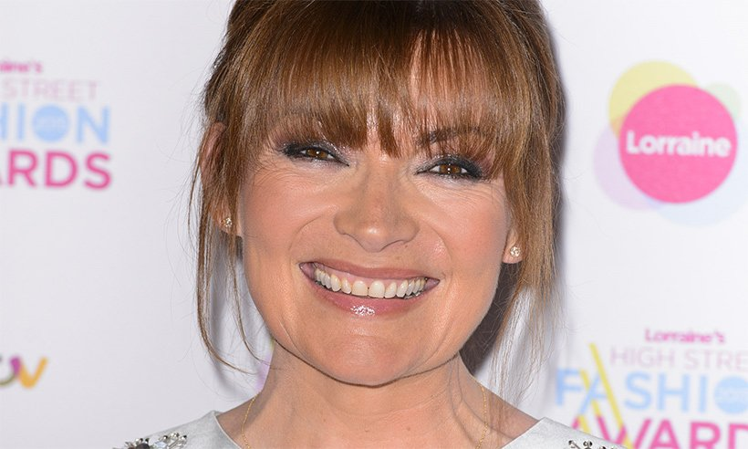 Lorraine Kelly sends fans wild with the dreamiest pastel dress EVER ?
