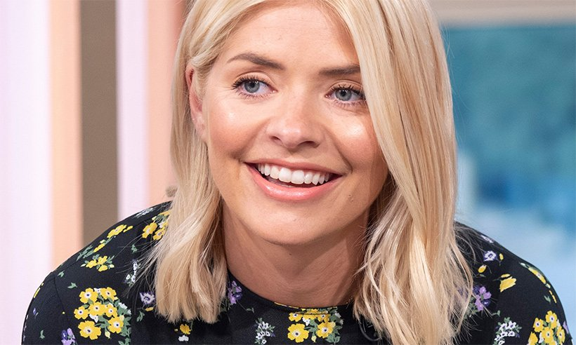 Holly Willoughby is all set for summer with £20 sandals – and they are selling out fast!
