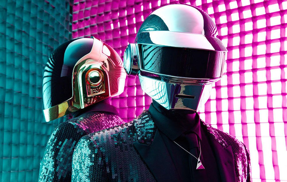 Five years on, Daft Punk's 'Get Lucky' actually still is the Song Of The Summer https://t.co/H3hvgCE7ay https://t.co/rafUGT9fKs