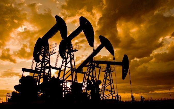 RT @expansioncom: El petróleo sube en un mes lo mismo que en todo 2017 https://t.co/VlxPQjVKZi https://t.co/NMKqY6b4hm